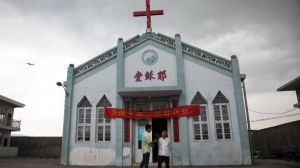 China Toppling Crosses-1
